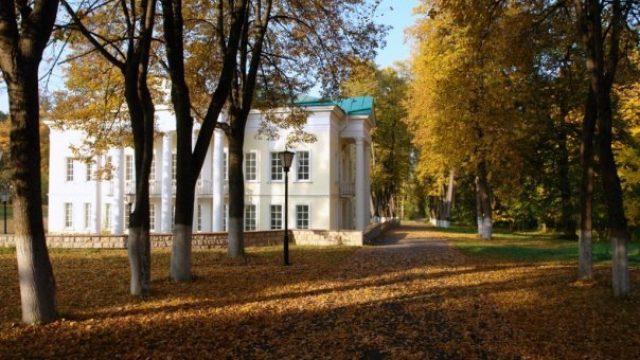 6 лучших частных школ Подмосковья